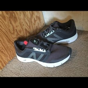 WX715v3 Memory Sole New Balance Sneakers